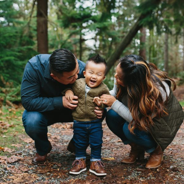 The Yi Family - Tacoma Family Portraits